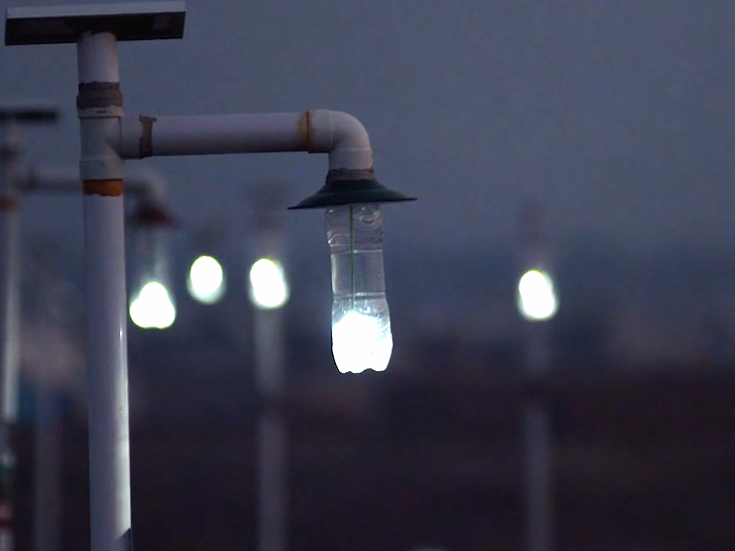 old-plastic-bottles-have-now-been-used-to-light-up-more-than-850000-homes-around-the-world