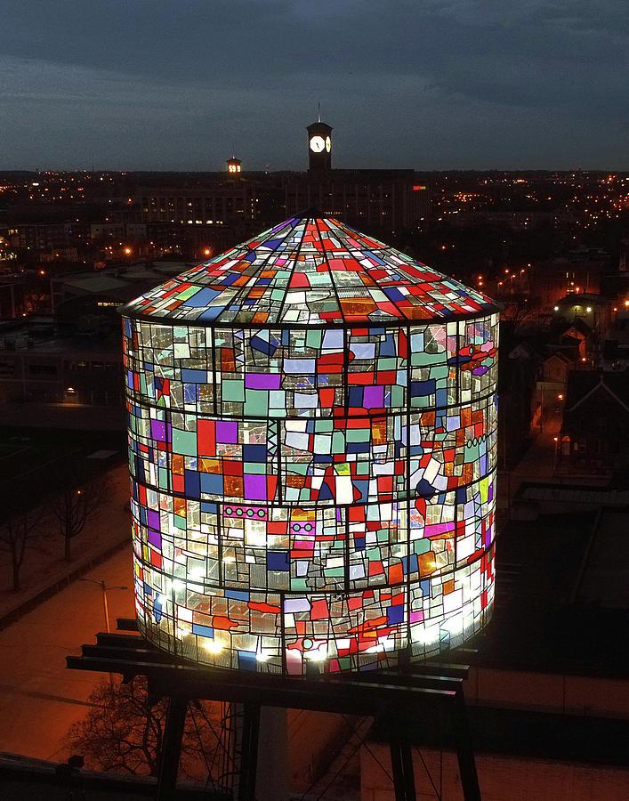 tom-fruin-stained-glass-water-tower-kobi-lighting-studio
