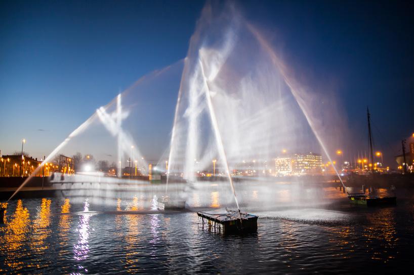 Ghost Ship_Amsterdam Light Festival_ kobi lighting studio 01